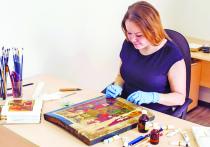 Единственная в Бурятии девушка-иконописец – об учебе в духовной семинарии и создании ликов святых