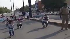 Индийская полиция начала наказывать нарушителей карантина приседаниями: видео