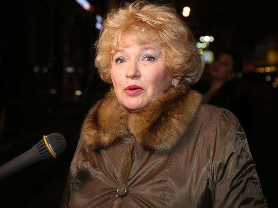 Нарусова назвала Собчак и Богомолова «тупыми» после конфуза в Сети