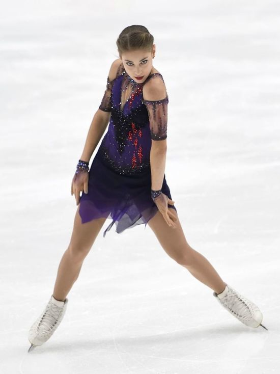 Чемпионка Европы Косторная показала, как тренируется на карантине