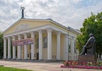 С какими именами связаны театры в регионах Черноземья