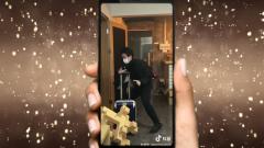 Китайские приколы 1 апреля о коронавирусе попали на видео