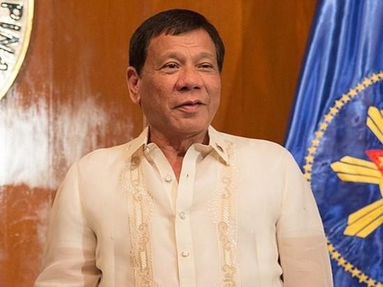 Дутерте приказал расстреливать агрессивных нарушителей карантина на Филиппинах