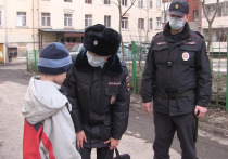 Полицейские Екатеринбурга устраивают рейды из-за гуляющих несовершеннолетних