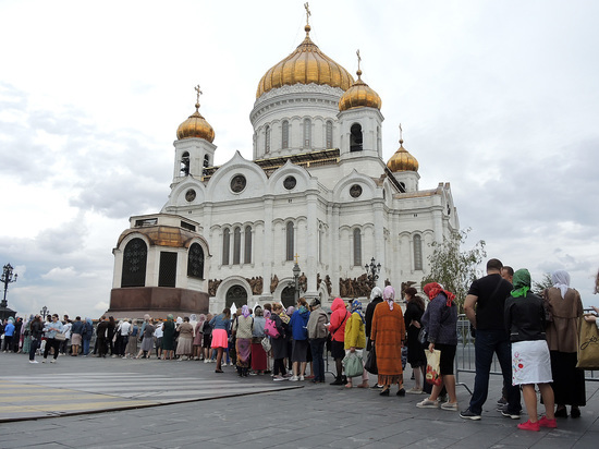 РПЦ призвала верующих готовиться к празднованию Пасхи без похода в храм