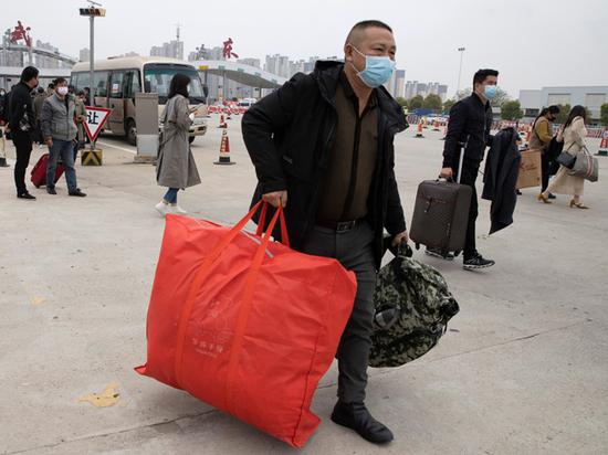 Карантин снимают: что вывез из китайского Уханя в Европу первый поезд