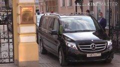 Патриарх отправился освящать Москву от коронавируса: видео кортежа