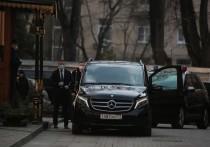 В РПЦ сочли неуместным штрафовать патриарха из-за объезда Москвы с иконой
