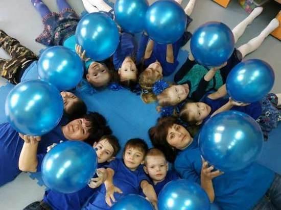 Синий цвет напомнил югорчанам о проблемах аутизма