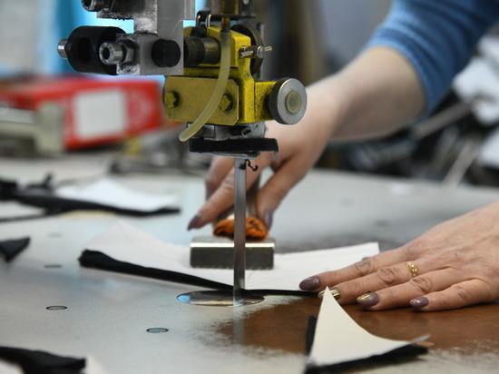 Выпуск многоразовых защитных масок для волгоградцев освоила еще одна фабрика