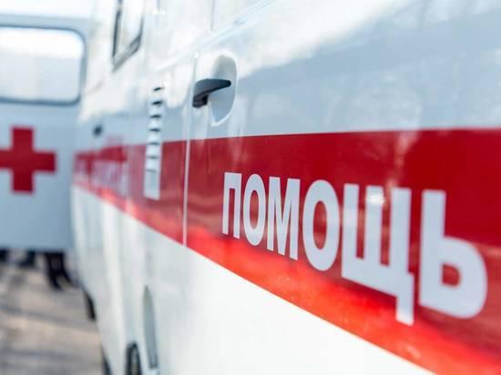 В Волгоградской области авто опрокинулось в кювет, двое погибли