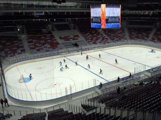 Канадский врач предложил превратить арены клубов НХЛ во временные морги