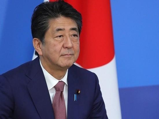 Премьер Японии объявил о введении режима ЧП с 7 апреля