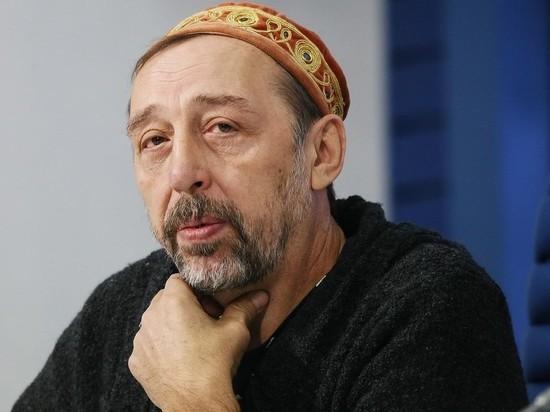 """Драматург Коляда рассказал о """"стукачах"""", пожаловавшихся на продажу билетов"""