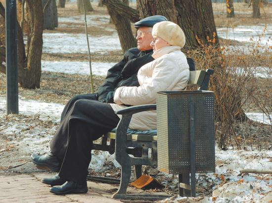 Московские пенсионеры рассказали, почему не соблюдают режим изоляции