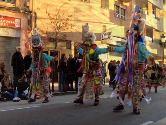 В Боливии задержалимэра, который разрешил провести городской праздник