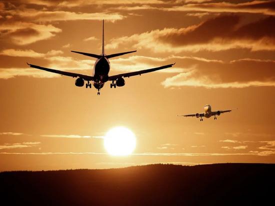 Самолёт с российскими гражданами отправился из Нью-Йорка в Москву