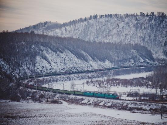 Забайкалье и Амурская область получили по ЗабЖД на отопление 1,1 млн тонн угля