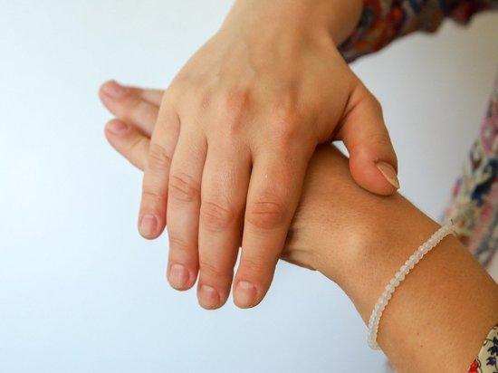 Новый симптом коронавируса обнаружили дерматологи