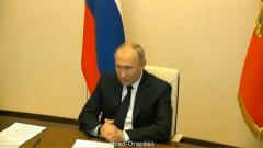 Путин объявил доплаты медикам по коронавирусу: полный список