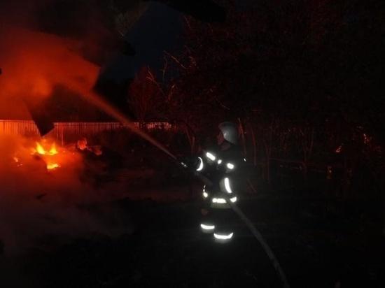 В Ивановской области в ночном пожаре сгорел склад, на месте ЧП работали 48 человек