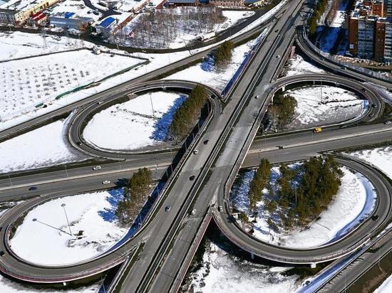 В Тюменской области отремонтируют более 170 км дорог различного назначения