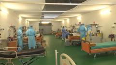 Российские военные врачи принимают пациентов Бергамо в полевом госпитале: видео