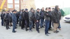 Бездомным в Москве во время пандемии COVID-19 помогли волонтеры