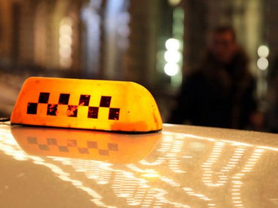 Таксист подвез кашляющую пассажирку и умер от COVID-19