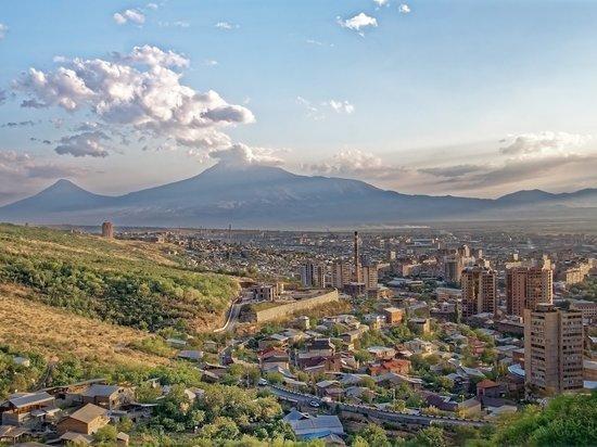 Армения поблагодарила Россию за помощь в борьбе с коронавирусом