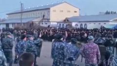 Обстановку внутри бунтующей иркутской колонии сняли на видео