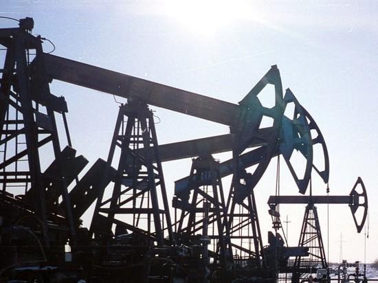 ОПЕК+ согласовала сделку по сокращению добычи нефти