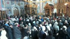 На Вербное воскресенье в Дивеево собрались толпы народу