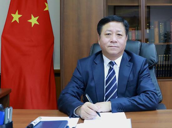 Посол Китая: «Политический вирус» страшнее эпидемии