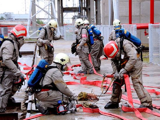 МЧС намерено задействовать авиацию для тушения пожара в Москве