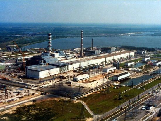 Пожар в Чернобыльской зоне подобрался к АЭС