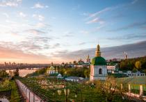 Коронавирус атаковал Киево-Печерскую Лавру: десятки заболевших