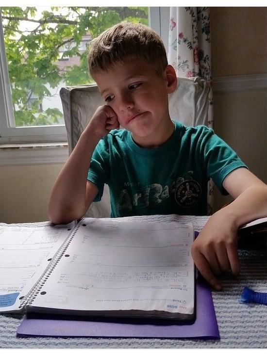 Псковский учитель: Самое страшное и сложное в дистанционке - объемы работы