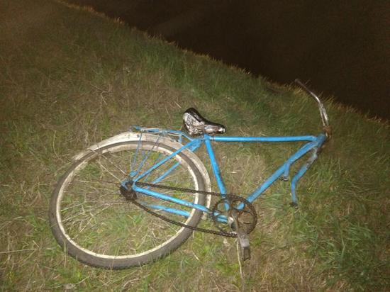 В Тамбовской области на велосипедиста наехали две машины