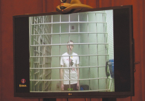 Мосгорсуд в отсутствие публики и прессы все же начал рассмотрение по существу дела Константина Котова, осужденного на 4 года колонии за многократные нарушения правил проведения массовых мероприятий