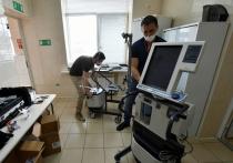 В кубанские больницы завезли 12 новых аппаратов ИВЛ