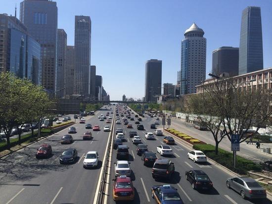 Китай раздаст гражданам деньги на покупку автомобиля