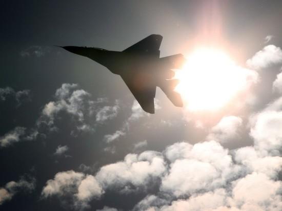 В Подмосковье перебросили авиацию для парада Победы