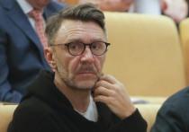 Шнуров нашел пользу в коронавирусе: «Плеваться в депутатов»