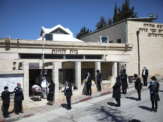 Мэр израильского города рассказал о мерах сдерживания коронавируса