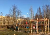 12 марта Эстония ввела ограничительные меры. Сегодня в Эстонии – около полутора тысяч инфицированных, 117 выздоровевших и 35 умерших. Что предпринимают в соседней стране, какие меры у нас одинаковые, а какие отличаются – об этом нам рассказала жительница Таллина Ольга.