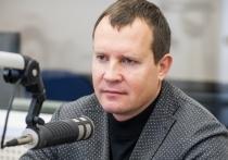 Олег Брячак: Хорошо, что вместо певцов по ТВ теперь восхваляют врачей