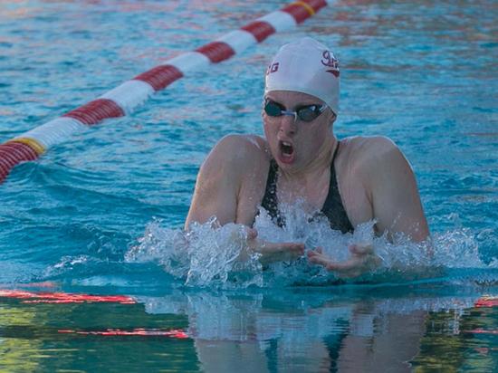 Олимпийская чемпионка в плавании Лили Кинг поучаствовала в пилотном виртуальном тестировании на запрещенные вещества, которое проводит антидопинговое агентство США
