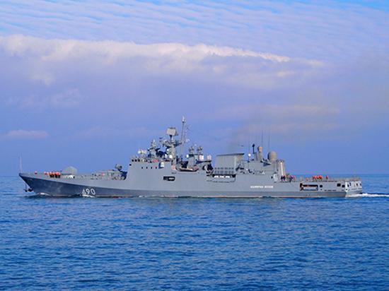 Новейшие российские ракетные корабли провели учение в море