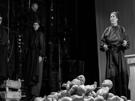 Тюменский театр «Ангажемент» представил телепремьеру спектакля